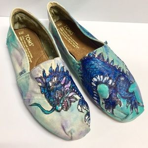 Toms Custom Made Dragon Hand-Painted Shoes (8)
